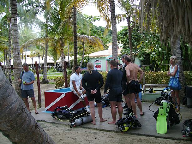 Diving Briefing.